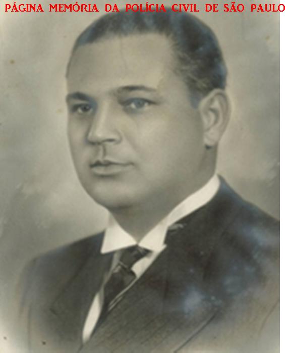 Ex Governador, Presidente do Tribunal de Contas e Secretário da Justiça do Estado de São Paulo, Delegado de Polícia José de Moura Rezende. Nasceu em Caçapava (SP), no dia 26 de outubro de 1896. Estudou na Escola de Comércio Álvares Penteado (SP) e conclui seus estudos superiores em 1919, na Faculdade de Ciências Jurídicas e Sociais do Rio de Janeiro. Foi Delegado de Polícia no município de São Roque, 1920 a 1921 e posteriormente Delegado em Ibiúna. A 15 de janeiro de 1923 iniciou o mandato de vereador em Caçapava, cargo no qual permaneceu até 30 de agosto de 1925. De 15 de janeiro de 1926 a 27 de outubro de 1930, prefeito da Caçapava. Em 1935 foi eleito deputado estadual e cumpriu o mandato até 10 de novembro de 1937 e após, Secretário do Governo (Chefe da Casa Civil). Moura Rezende torna-se então Secretário de Justiça, função que se estende até 5 de junho de 1941. Em 1939, quando assumiu a função de Interventor Federal substituto em São Paulo (Governador). Em 1950, de 30 de janeiro a 30 de junho, Moura Rezende foi Secretário da Educação. De 1951 a 1954, volta a ser deputado federal, . Em 1953, de 9 de setembro a 3 de dezembro, nomeado Secretário da Educação (durante o governo de Lucas Nogueira Garcez. Em 4 de dezembro de 1954, é nomeado Ministro do Tribunal de Contas do Estado de São Paulo. Moura Rezende assume, a 29 de dezembro de 1958, a presidência do Tribunal de Contas do estado de São Paulo para o biênio de 1959-1961. Faleceu na cidade de Caçapava, em dezembro de 1.965.