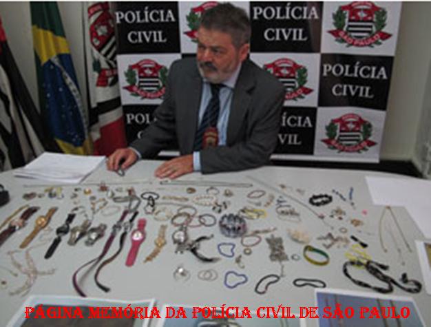 Delegado de Polícia Pedro Cerignoni Bonamin, em apreensão de valores roubados em arrastões em restaurantes de São Paulo. Iniciou sua carreira policial em 1.980, trabalhando na antiga Divisão de Entorpecentes- DEIC, DISCCPAT- DEIC (Kilo), DECAP e DEMACRO, etc.