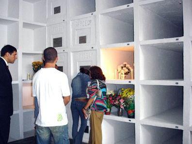 Mausoléu dos Heróis da Polícia Civil, no cemitério de Campo Grande, zona sul da capital. Mantido pela Associação dos Funcionários da Polícia Civil do Estado de São Paulo (AFPCESP).