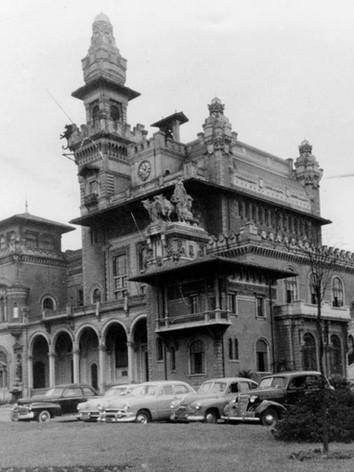 Antiga Delegacia Seccional Centro (Palácio das Indústrias). Parque Dom Pedro II.