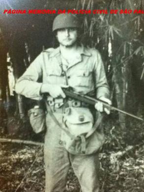 """Delegado Sérgio Fernandes Paranhos Fleury """"in memorian"""", quando servia o Exército Brasileiro, em 1.951."""