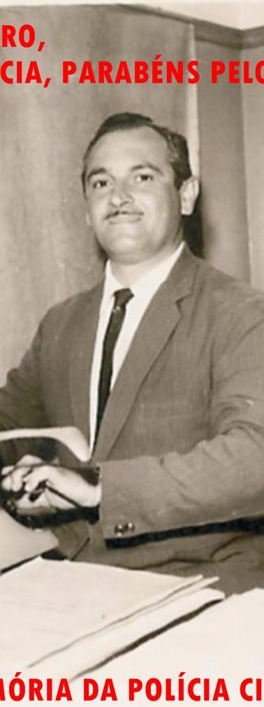 """Nossos parabéns a todos Escrivães de Polícia, na pessoa de seu exemplar membro, José Maia Nóbrega """"in memoriam"""". Nasceu em 27 de agosto de 1928 e faleceu em 3 de setembro de 1982. Em 1948, ingressou na Polícia Civil como carcereiro em São José do Barreiro, Vale do Paraíba, permanecendo nesta função até 1955, quando prestou concurso para escrivão e passou em primeiro lugar. Foi trabalhar na Capital em janeiro de 1956. Em dezembro do mesmo ano, assumiu a Delegacia de Poá, ficando até 1968. Neste período, trabalhou com vários delegados, mas sempre foi o único escrivão da cidade. Prestou novo concurso e ingressou na Secretaria da Fazenda em 1968, quando deixou a Polícia Civil. Foi chefe dos postos fiscais de Ferraz de Vasconcelos, Suzano e Mogi das Cruzes. Quem o conheceu, tanto na Polícia como na Fiscalização, destaca sua probidade como marca principal. Morreu aos 54 anos."""