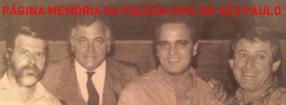 """Na Seccional de Santo André, em 1.991  À partir da esquerda, Investigador Wagner Ribeiro, Delegado Guilherme Pires Neto """"Guilhermão""""; Investigadores saudoso Douglas Veneziano """"Caixa D'Água"""" e Célio."""