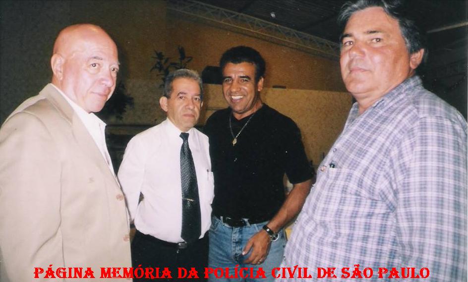 Década de 90, DEIC. A partir da esquerda, (?), Delegado Itagiba Franco; Investigadores Osvaldinho Santos e Janussi.