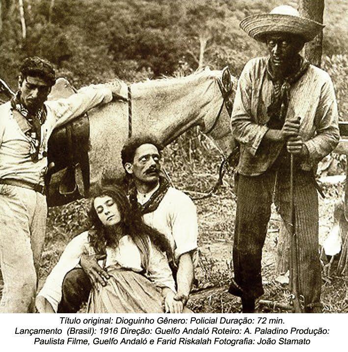 Pela primeira vez, dez anos após a morte do bandido, Dioguinho virou personagem do cinema brasileiro. CARTAZ DO FILME PRODUZIDO EM 1916 Rodado em 1916, com o título «Dioguinho», o filme tem a duração de 72 minutos e estreou no Brasil em 01/02/1917, foi feito pelo Estúdio «Paulista Filme», com direção de Guelfo Andaló e tinha no elenco: Antônio Latari, Elvira Latari, Georgina Marchiani e Antônio Rolando; além do roteirista A. Paladino, fotografia de João Stamato e produção de Guelfo Andaló e Farid Riskala. -Ano de 1957: Pela segunda vez, Dioguinho virou personagem do cinema nacional. Dirigido por Carlos Coimbra, coube ao ator Hélio Souto, que acabara de ficar famoso, fazendo o papel de galã na primeira novela da TV brasileira, na extinta TV Excelsior de São Paulo, juntamente com a então jovem atriz Rosa Maria Murtinho, Hélio Souto fez o papel de Dioguinho no cinema. O roteiro desse filme mostrou outro crime cometido pelo criminoso em Piracicaba, provavelmente a mando de uma família de usineiros de lá. O coitado do funcionário da usina tinha uma posição modestíssima na usina, mas ficou sabendo de falcatruas do patrão usineiro e certo dia, embriagado, disse isso ao patrão. O usineiro mandou chamar o Dioguinho, que por uma desculpa qualquer, num domingo com pouquíssimos empregados na usina, fez o coitado subir a grande chaminé de tijolos, com uma desculpa qualquer. Dioguinho havia dito ao coitado que ele precisava subir até a boca da chaminé, lá no alto. A escalada do funcionário era através de uma «escada» improvisada no lado externo da chaminé, cujos degraus, sem proteção nenhuma, eram nada mais que ferros dobrados e chumbados nos tijolos. O que o sujeito não sabia era que o próprio Dioguinho havia, na noite anterior e com consentimento do usineiro, soltado uma das pontas de um degrau, a pelo menos vinte metros de altura: quando o sujeito apoiou-se naquele degrau, este se soltou e o infeliz despencou lá do alto, morrendo instantaneamente e aparentando ter sido apenas 