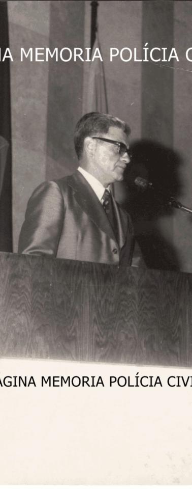 Secretário de Segurança Pública Cel. Erasmo Dias, na Assembleia Legislativa do Estado de São Paulo, na cerimônia de entrega da Medalha Anchieta a Policias Civis que se destacaram, em 1.976.