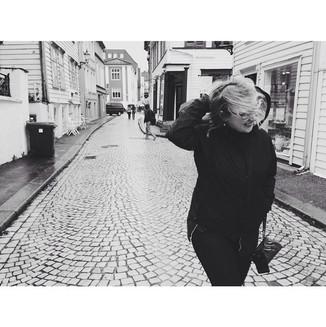 Partner in crime!! _eliesajohnson exploring Bergen, Norway in the rain.jpg