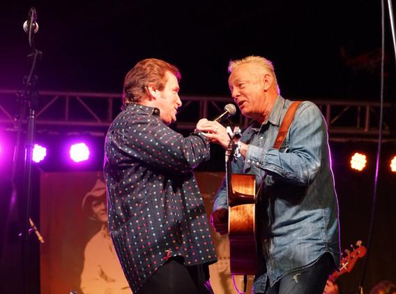 Darrell Toney & Tommy Emmanuel.JPG