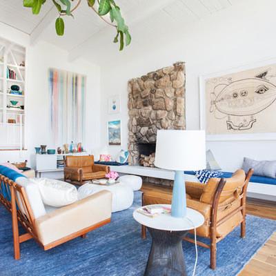 Salon decorado con alfombra