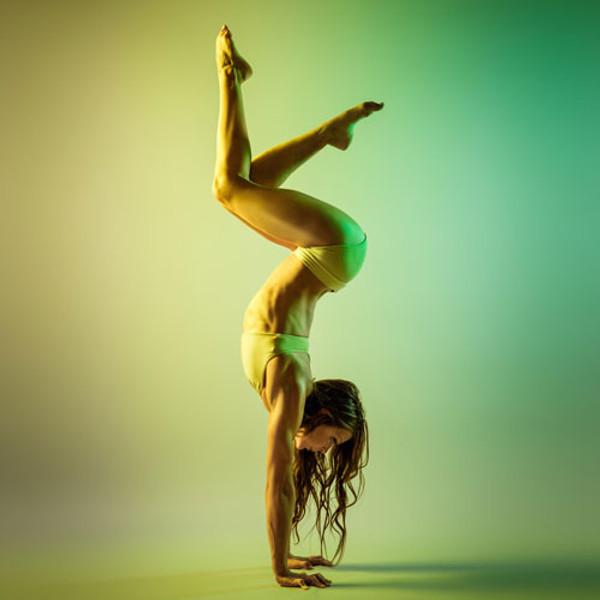 Charlotte Robertson's Everything Handstand Workshop