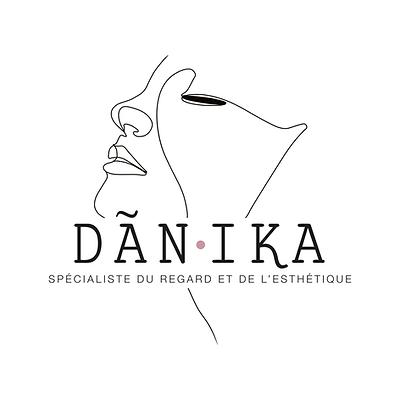DANIKA-logo-carre.png