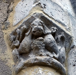 Chapiteau église Vendoire.jpg
