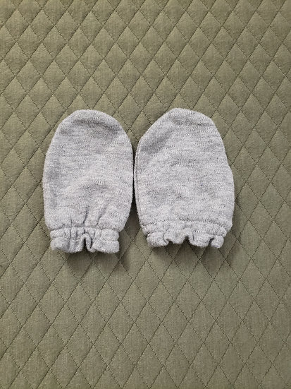 One Size Gray Mittens