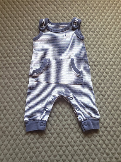 Preemie Carter's Outfit