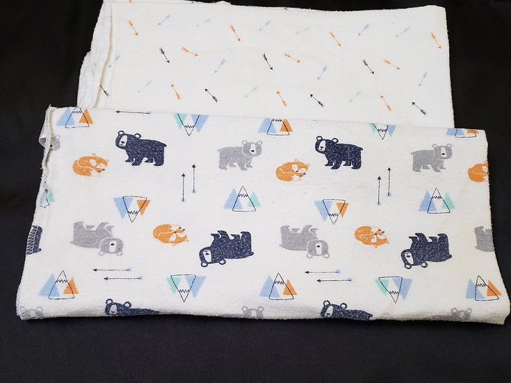 2 pack Arrow and Bears Receiving Blankets
