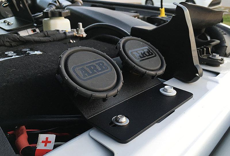 Under Hood Remote Air Filter / Dual Air Chuck Plate