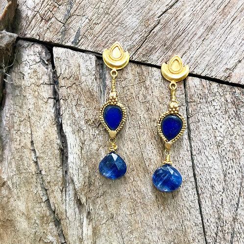 Kyanite gold earrings