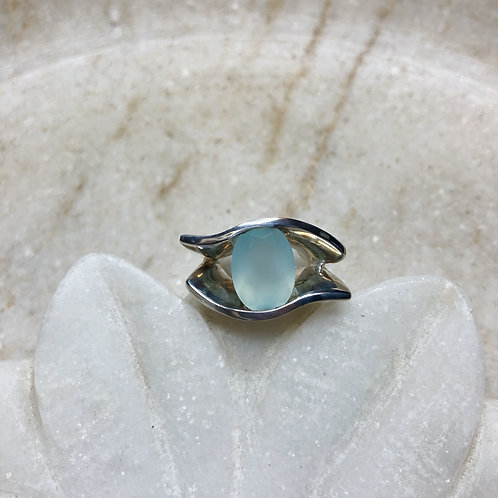 Eye of chalcedony silver ring