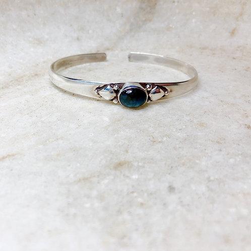 Delicate dark blue labradorite flower bracelet
