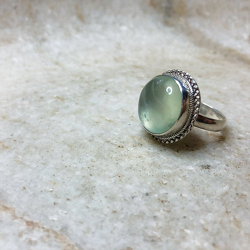 Round prehnite silver ring