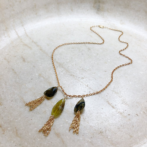 Green tourmaline chunk gold necklace