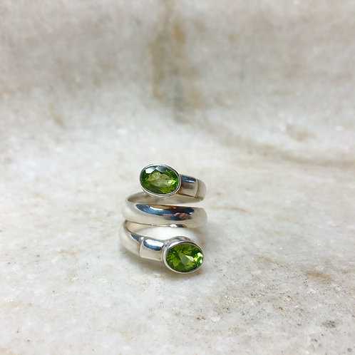 Double peridot swirl silver ring