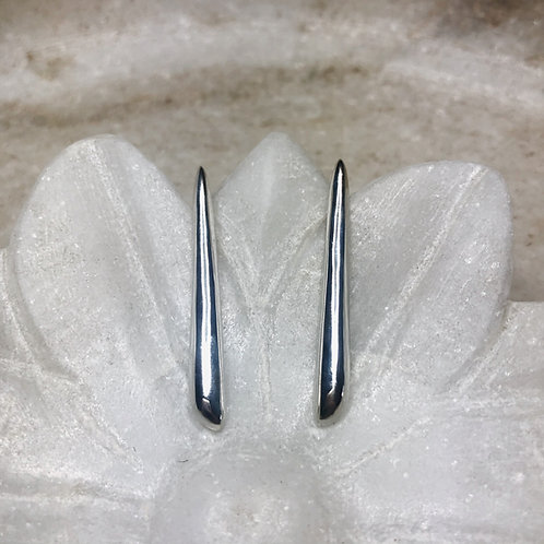 Straight lines silver post earrings