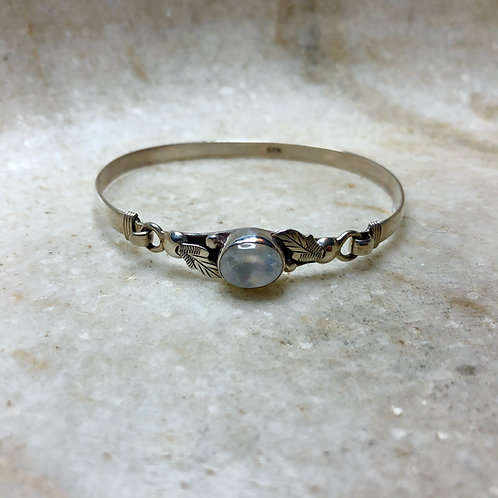 Rainbow moonstone with leaves silver bracelet