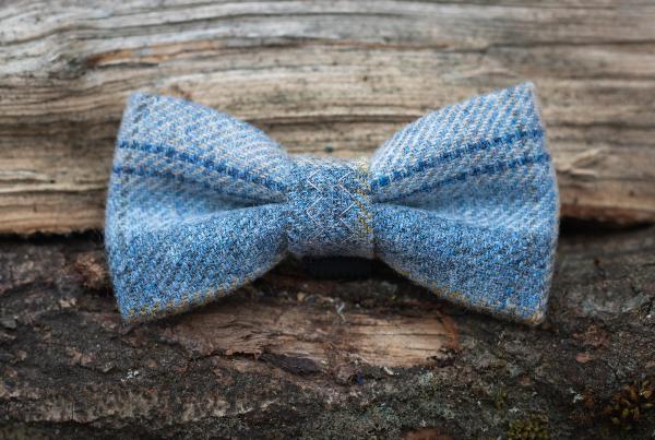 Flax Tweed Bow Tie