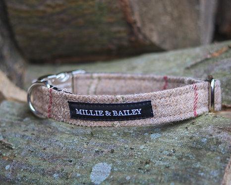 Rye Tweed Clip Collar