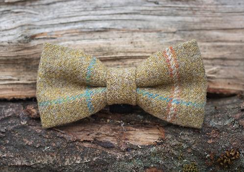 Moss Tweed Bow Tie