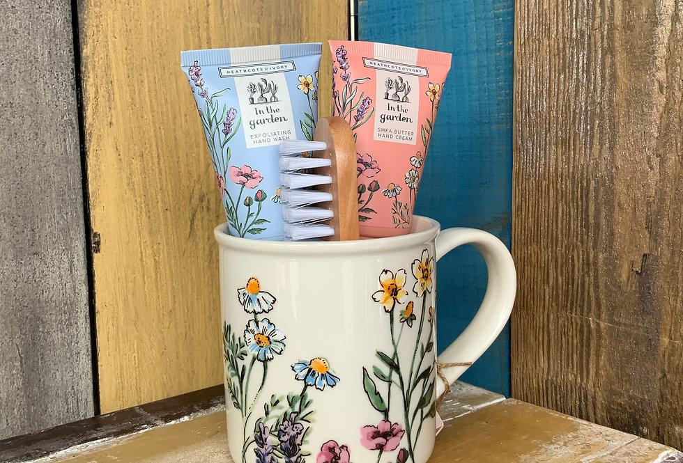 In the Garden Tea Break Hand Essentias Mug Set