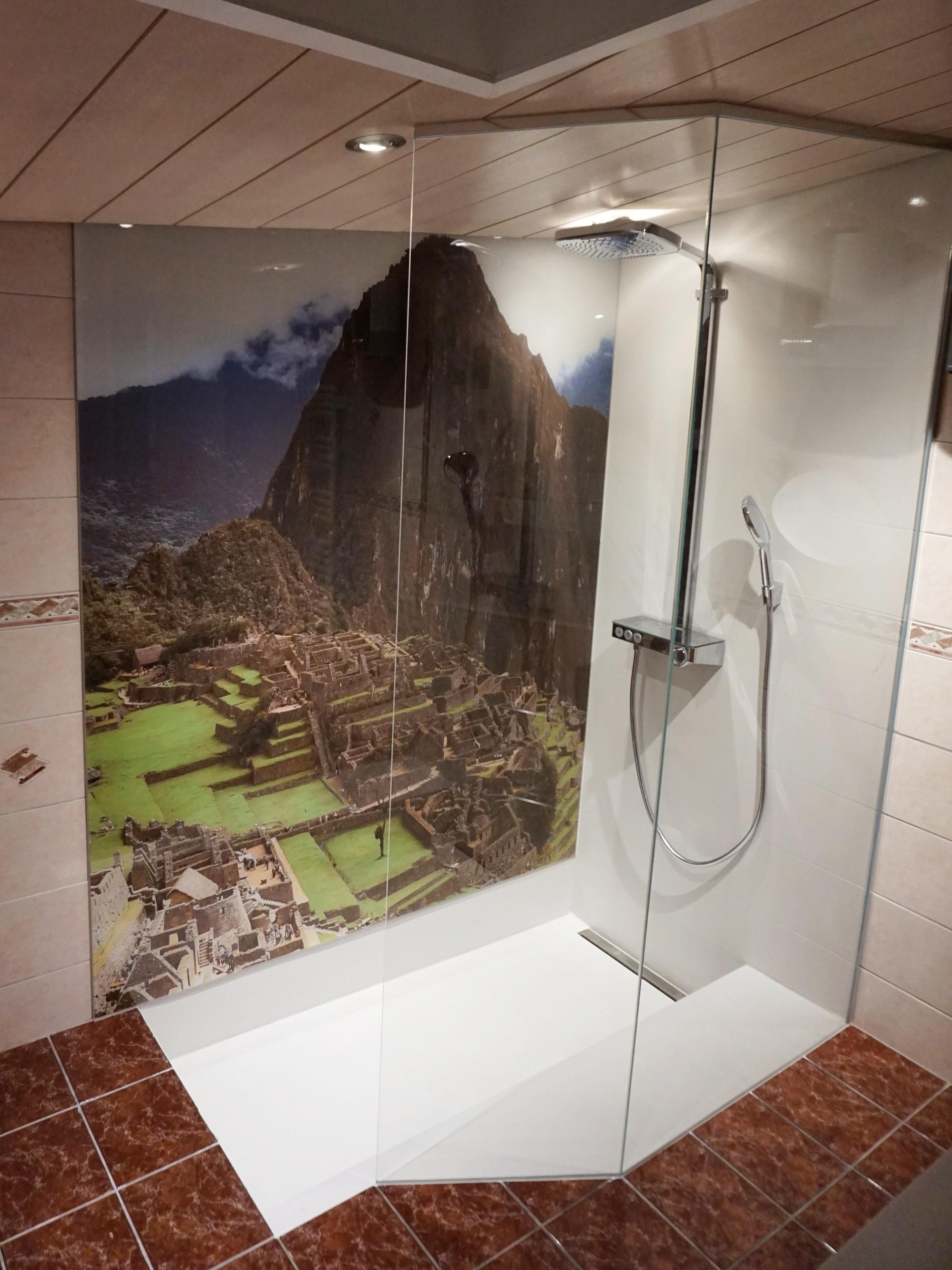 Duschrückwand Dusche