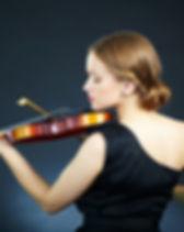 女性バイオリニスト