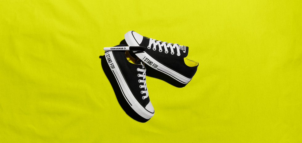 Final Product Shot of Chuck Taylor Ox for Converse.com