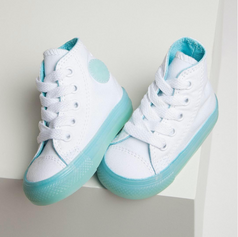 Pearlized and Semi Transluscent Midsole for Kids Spring 2018