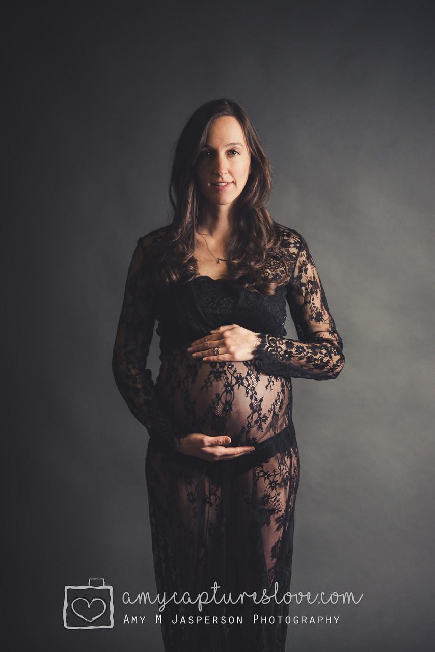 Orange County, Irvine, Newport Beach, Lake Forest, Laguna Beach Studio Maternity Photographer.