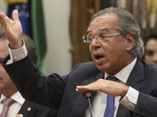 Brasileiro enche o prato e desperdiça comida, diz Guedes