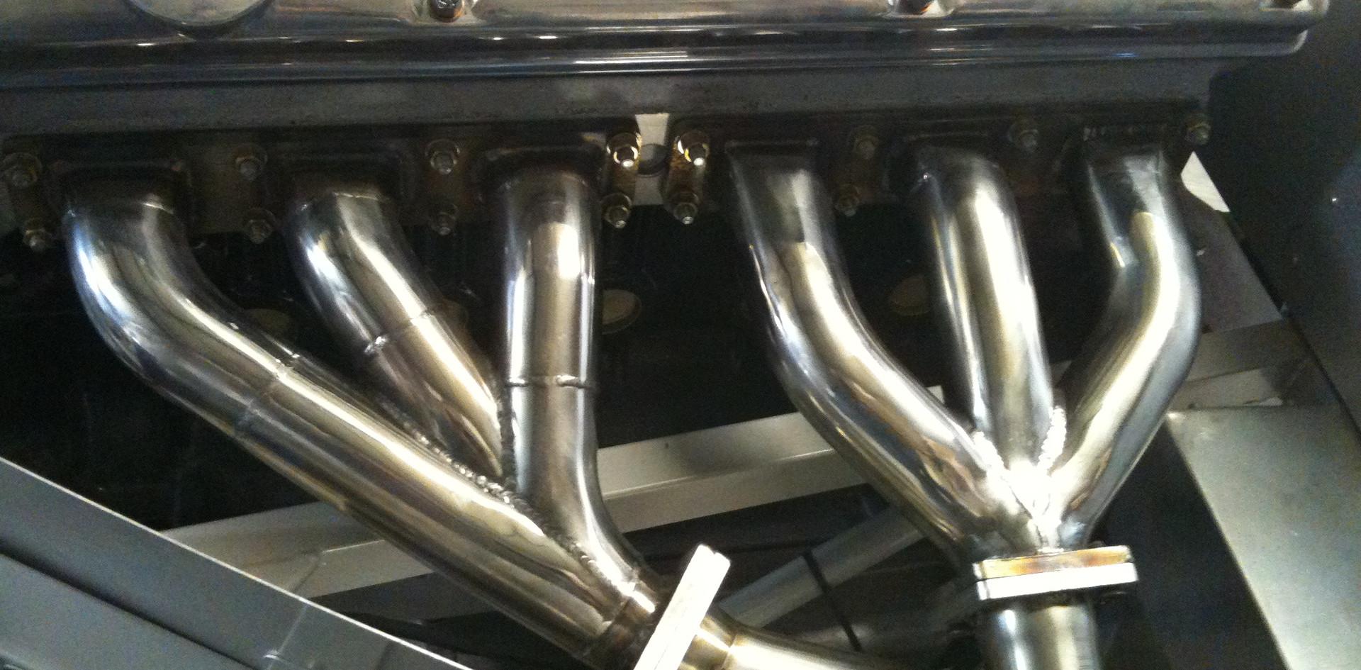 Jaguar D Type exhaust manifold.JPG