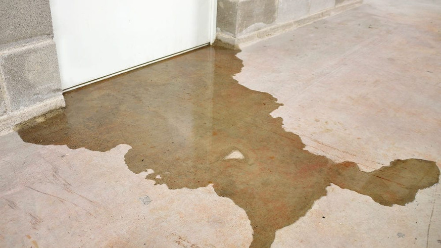 basement-water-damage-basement-flood.jpg