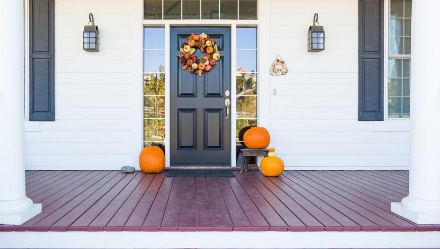 Fall-Decoration-Adorns-Beautiful-Entry-W