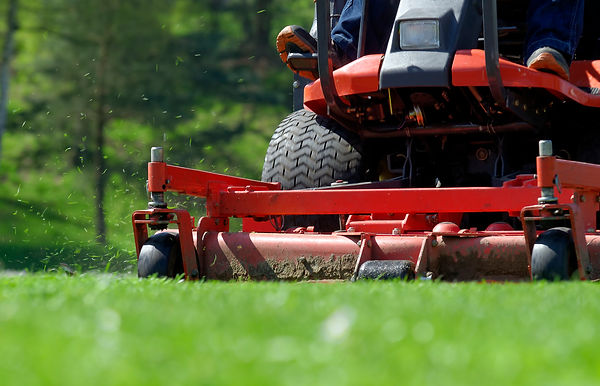lawnmower-178033413_1278x822.jpeg