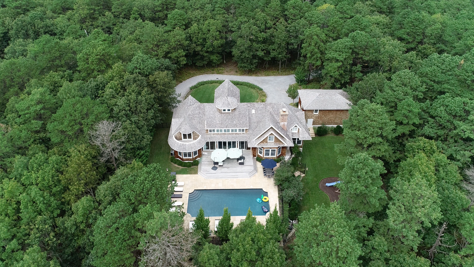 152 Middle Line, Hamptons NY