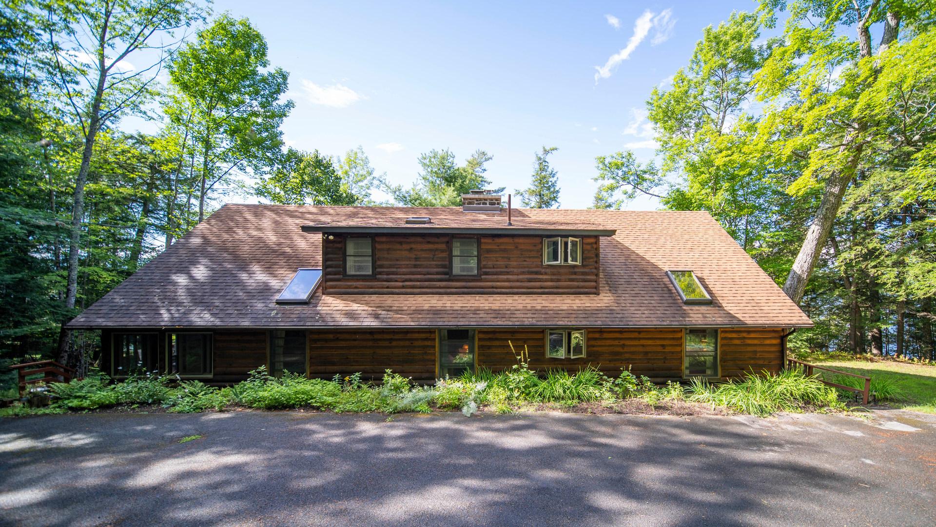 745 Adirondack Rd, Schroon Lake NY
