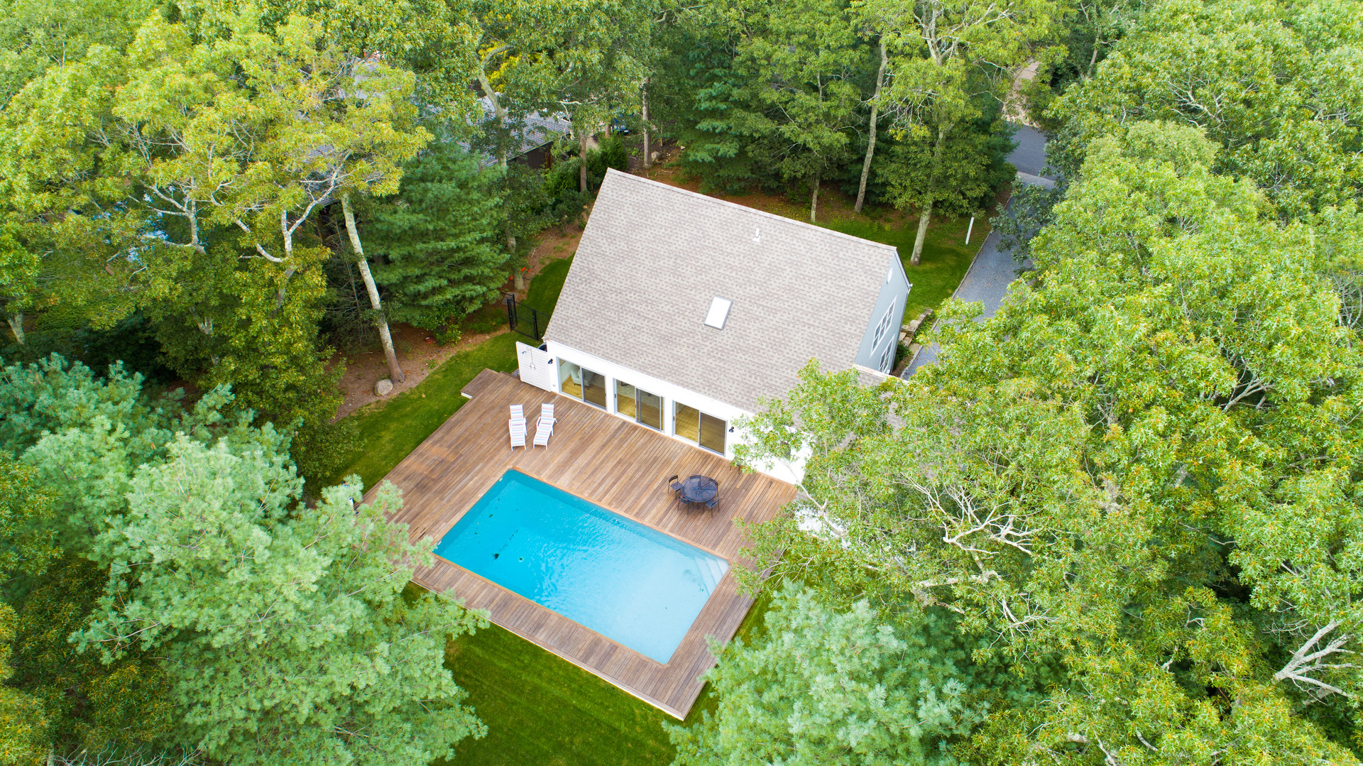 13 Scallop Ave, Easthampton