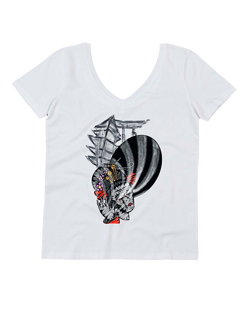 """GEISHA"" on woman V neck t-shirt"