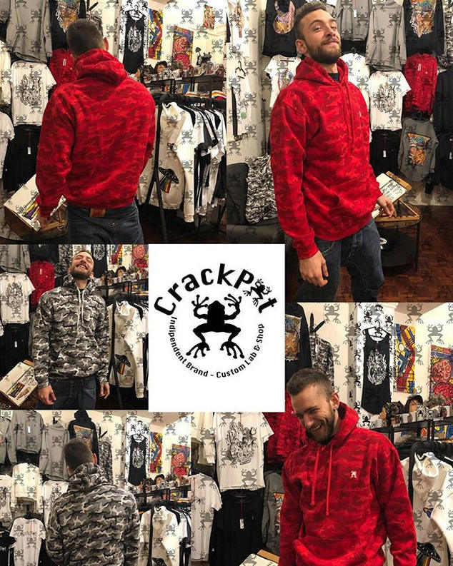 Felpe camouflage rosse e grigie - CrackPot Bologna