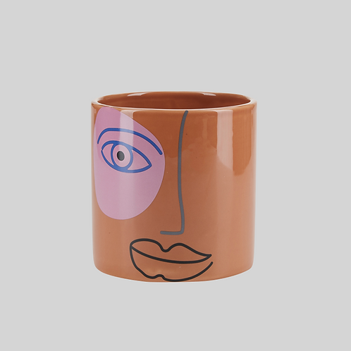 Pot with face