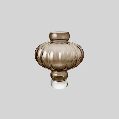 Ballon vase - smoke