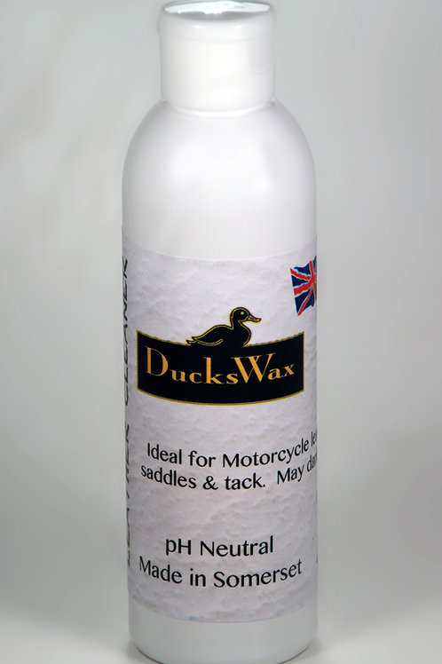 DucksWax Leather Cleaner 180gms